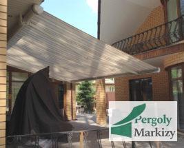 Маркиза для загородного дома с большой верандой, вид снизу и сбоку